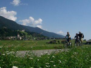 Tutti in sella sulla ciclabile San Candido – Lienz!