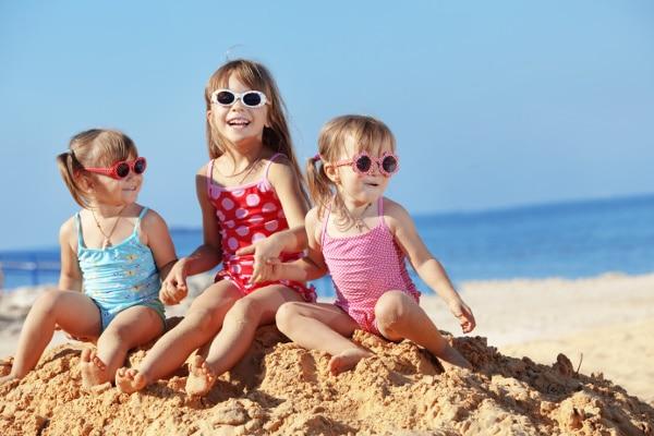 bambini mare vacanza