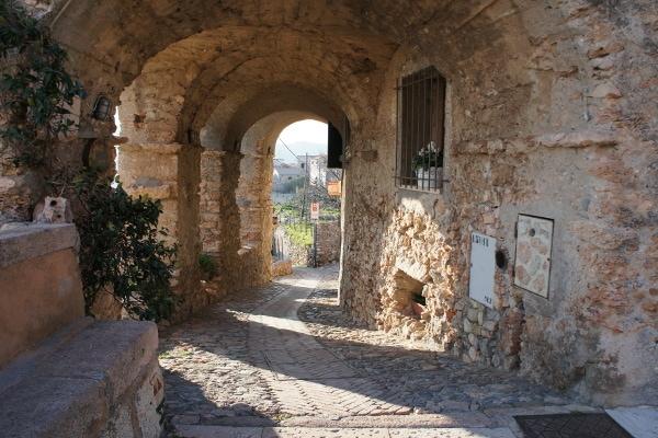 borgo medievale in Liguria