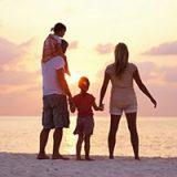 Arriva l'estate! 10 meravigliose idee per una vacanza family bagnata dal mare