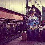 Viaggiare in treno con un bimbo piccolo: come sopravvivere