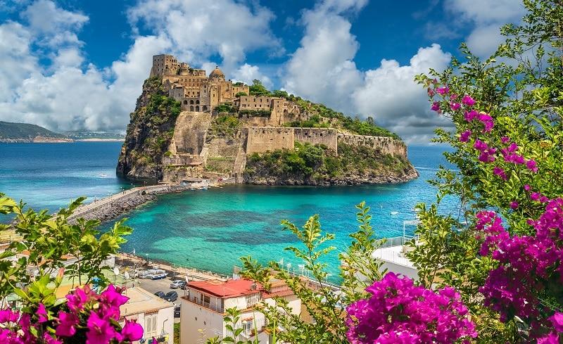 quali castelli vedere con i bambini nel sud Italia