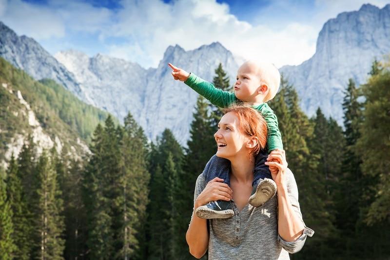 perché la montagna fa bene ai bambini piccoli