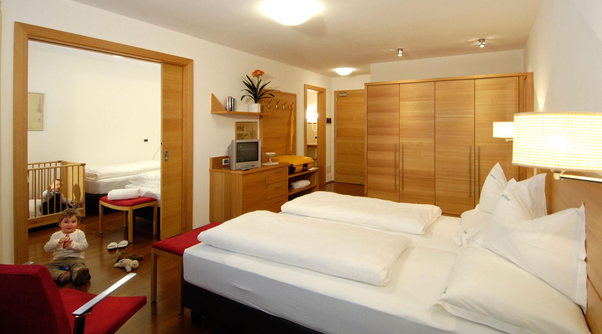 bad ratzes 4 star siusi allo sciliar. Black Bedroom Furniture Sets. Home Design Ideas